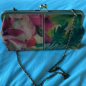 Patricia Nash floral clutch - 100% Italian leather
